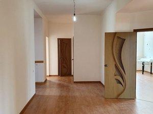 Дом 305 м² на участке 4 сот. в Оренбурге